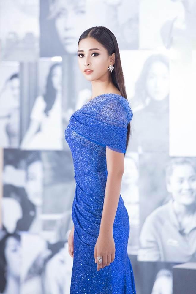 Không còn là Hoa hậu nghèo nhất VBiz, Đỗ Mỹ Linh mang trang sức tiền tỷ thắp sáng thảm đỏ-6