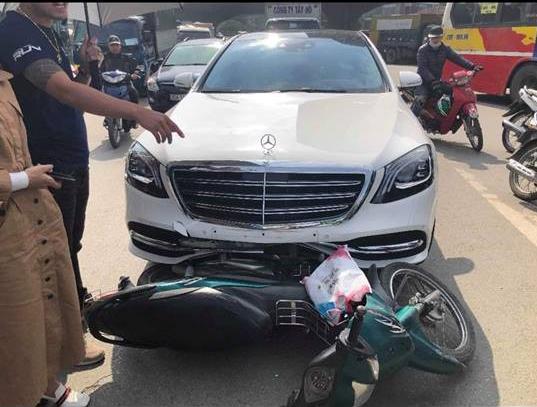 Đâm Mercedes mới, tài xế Grab sợ đến mức tim nhảy ra ngoài và hành xử đáng nể của chủ xe-1