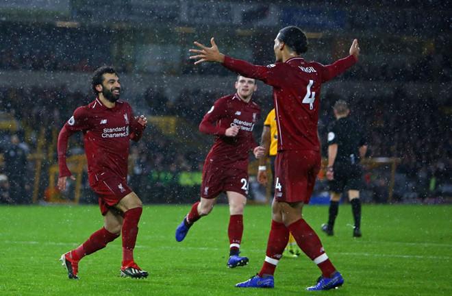 Salah tỏa sáng, Liverpool giành trọn 3 điểm trên sân của đội tân binh-2
