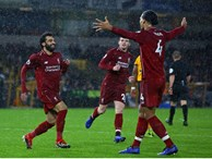 Salah tỏa sáng, Liverpool giành trọn 3 điểm trên sân của đội tân binh