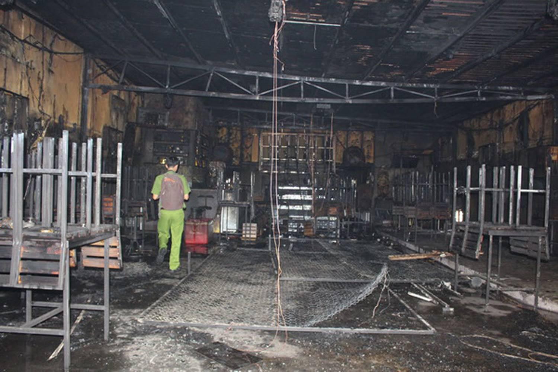 Vụ cháy nhà hàng 6 người chết: Các nạn nhân không có lối thoát-3
