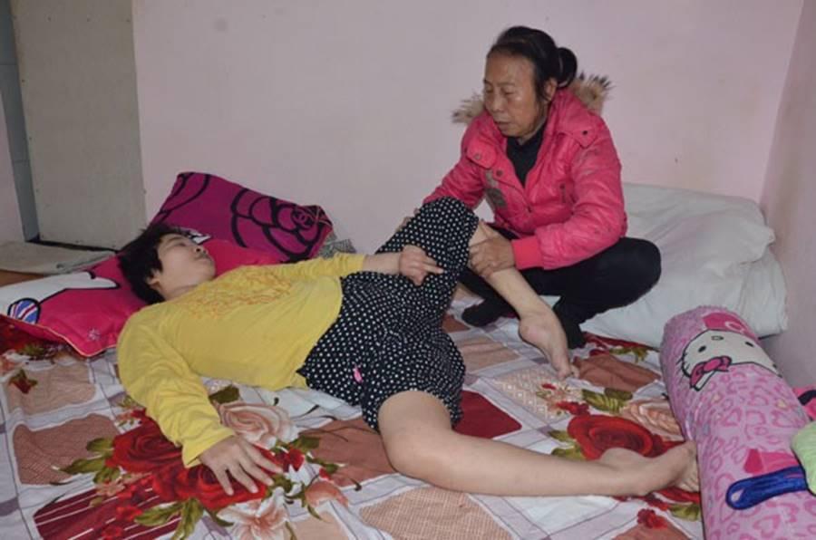 Cơ cực cuộc đời nữ sinh mê karatedo sau tai nạn giao thông-1