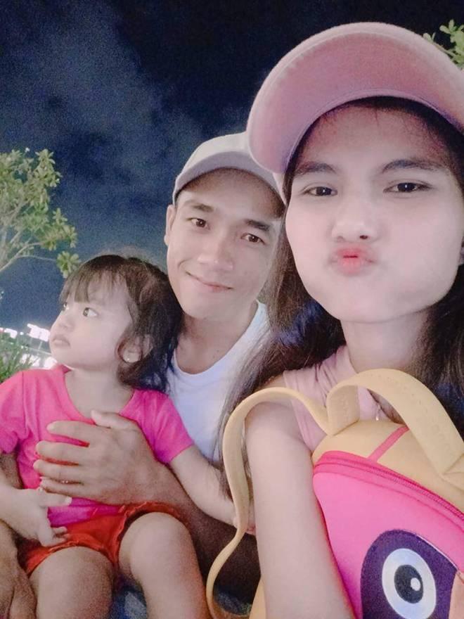 Chị từ chối lấy chồng để đăng quang, em gái HHen Nie đã kết hôn 3 năm, con 2 tuổi-7