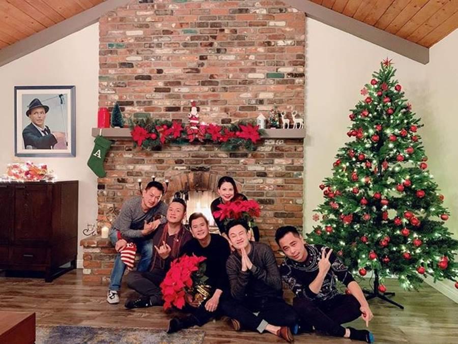 Sao Việt nô nức trang hoàng nhà cửa chờ đón Giáng sinh-7
