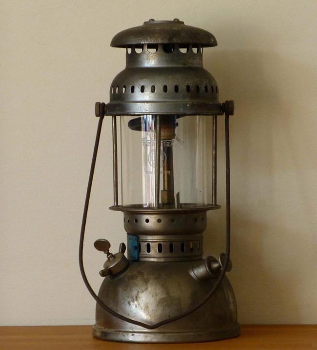 Thế giới đèn dầu cổ giá vài chục triệu được dân chơi ráo riết săn lùng-12