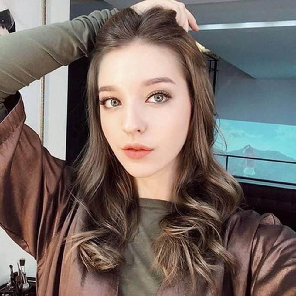 Cô gái Nga khiến giới trẻ châu Á mê mệt, được ví tiên nữ hạ thế-7
