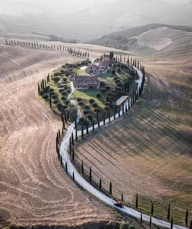 Cắt đứt quan hệ với đồng nghiệp, từ bỏ showbiz, Nhĩ Khang Châu Kiệt về quê trồng lúa, xây trang trại như lâu đài-2