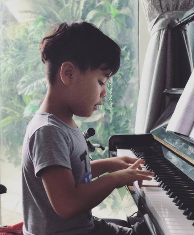 Cận cảnh căn hộ cao cấp, sang trọng nơi gia đình MC Phan Anh đang sống-15