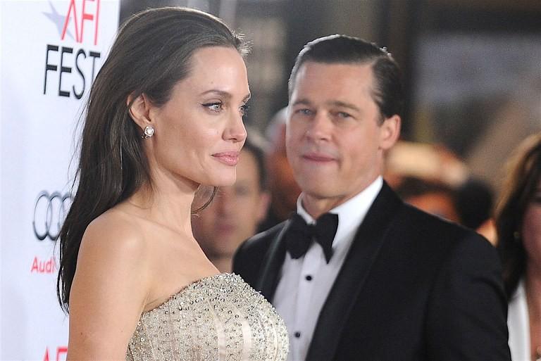 Brad Pitt đã đốt nửa số gia tài để giải quyết vụ ly hôn với Angelina Jolie: Con số chính xác có thể gây sốc?-1