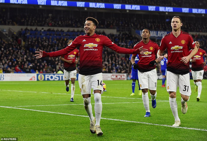 Nhìn Man Utd - Solskjaer mới thấy HLV Mourinho kém thế nào-3