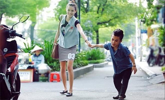 Sau 2 năm chia tay bạn gái người mẫu, chàng lùn 1m26 Trần Xuân Tiến đang hẹn hò với người mới xinh như hot girl?-3
