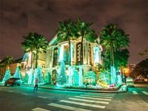Choáng ngợp trước màn trang hoàng Giáng sinh hoành tráng, rực rỡ tại khu nhà giàu Phú Mỹ Hưng