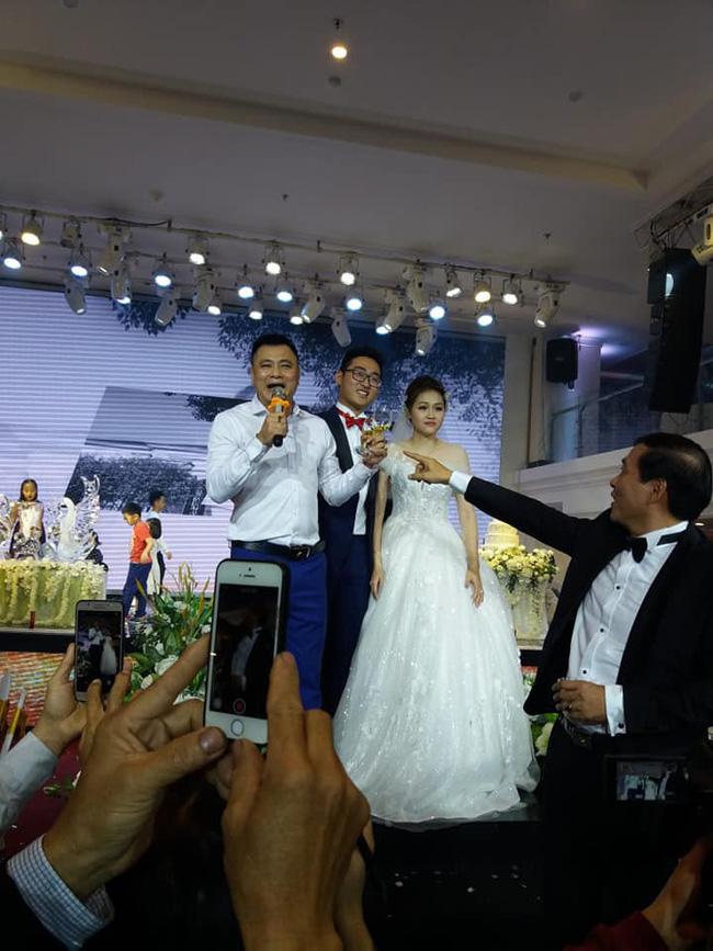 """Con trai NS Lan Hương làm đám cưới dù từng lo ế"""" vì mẹ gắn mác mẹ chồng khó tính, nhan sắc cô dâu gây bất ngờ-7"""