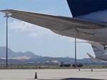 Vali hành khách VietJet vỡ toang sau chuyến bay về quê ăn Tết-3