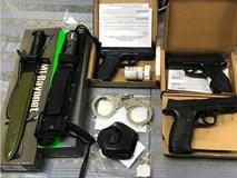 Phát hiện hành khách mang nhiều súng và dao găm từ Mỹ về sân bay Tân Sơn Nhất