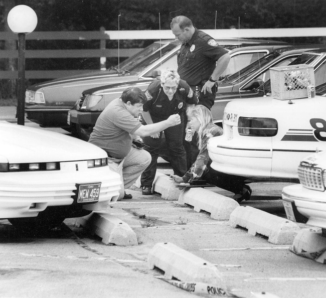 Bí ẩn vụ án nữ phóng viên Mỹ xinh đẹp mất tích 23 năm chưa có lời giải đáp, càng điều tra càng kỳ quái-7