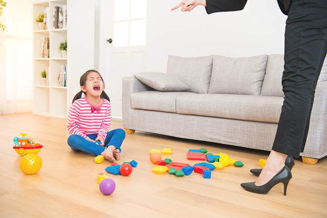 Mắng gì thì mắng, bố mẹ nhất định phải tránh những câu nói này bởi nó sẽ làm tổn thương con đấy!-2