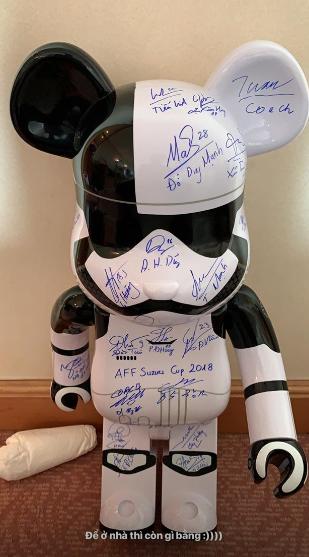 Đem chuột robot đi xin chữ ký, Văn Toàn khiến Quế Ngọc Hải kêu trời-2