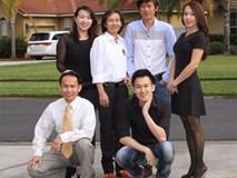 Hoài Linh tiết lộ ảnh đời tư hiếm thấy, lộ diện 5 anh chị em ruột thành đạt