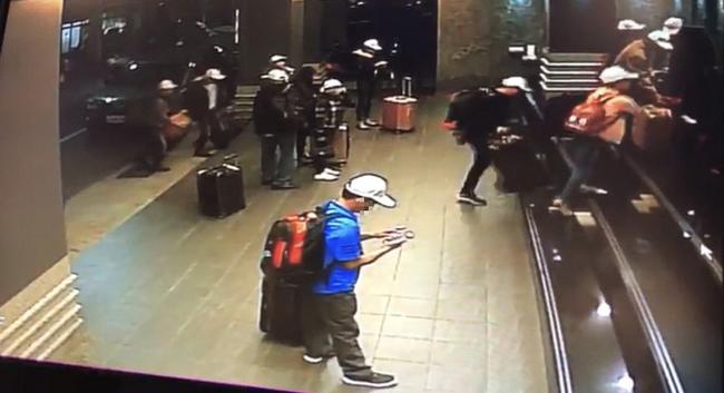 Những hình ảnh của 152 du khách Việt biến mất ở Đài Loan: Vào khách sạn 1 giờ để thay quần áo rồi bỏ trốn-2