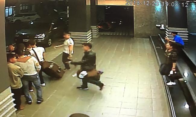 Những hình ảnh của 152 du khách Việt biến mất ở Đài Loan: Vào khách sạn 1 giờ để thay quần áo rồi bỏ trốn-4