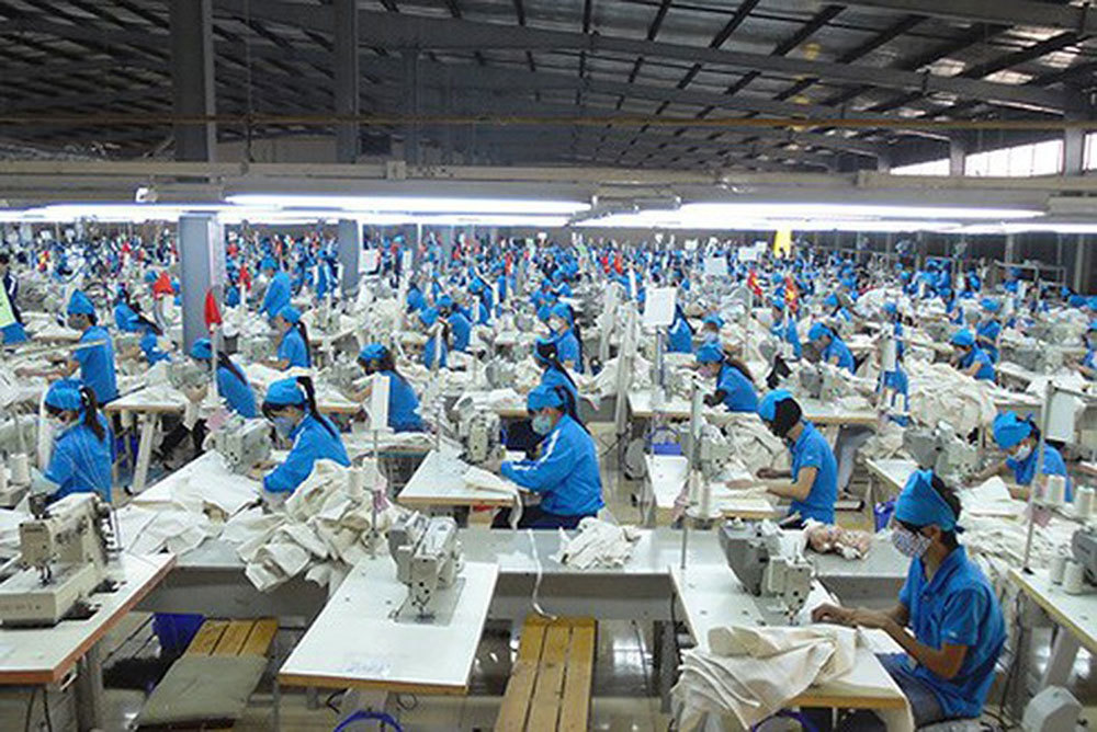 Ép nhân viên đi làm dịp Tết Dương: Bị phạt 15 triệu-1