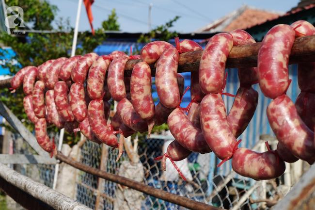 Độc đáo món lạp xưởng có cả cơm nguội, lọt top 50 món ăn đặc sản nổi tiếng Việt Nam-3