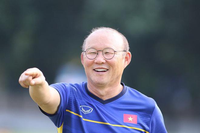 Có một người thầy dễ thương như HLV Park Hang-seo: Thương cầu thủ như con, lúc nào cũng thân thiện với fan-3