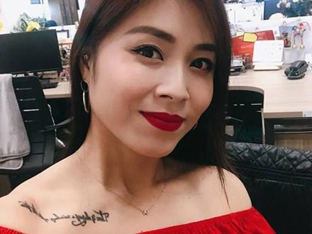 Được khuyên 'xóa hình xăm ở ngực đi sẽ đẹp hơn', MC Hoàng Linh đã phản pháo nhẹ nhàng mà cực gắt