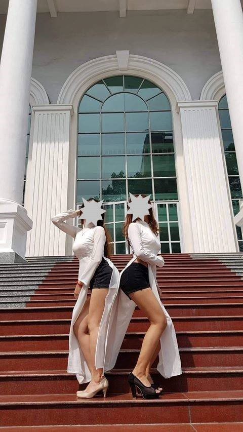 Mặc áo dài, quần đùi tạo dáng... chụp ảnh giữa Trường ĐH Sư phạm TP HCM!-1