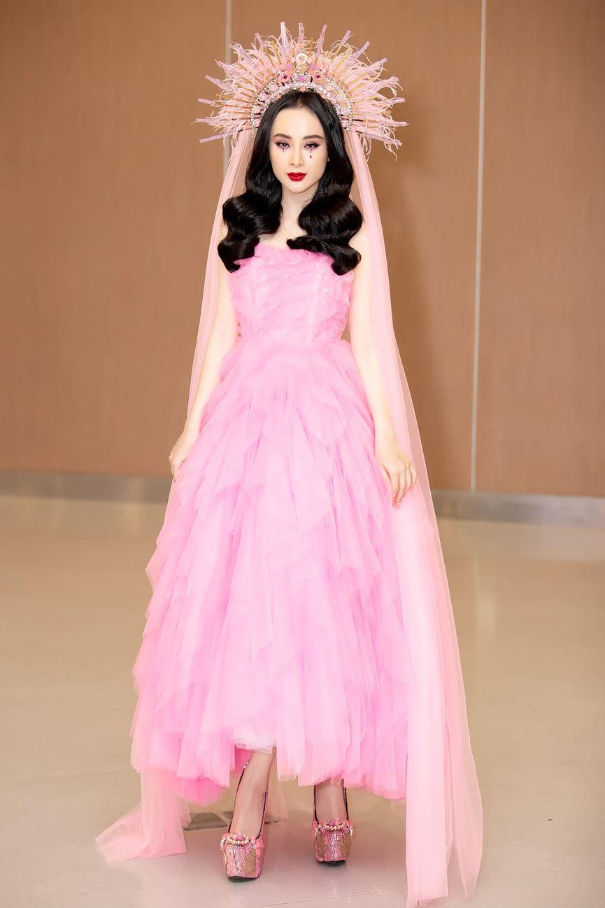 Angela Phương Trinh diện cả cây hồng rực gây náo loạn thảm đỏ-3