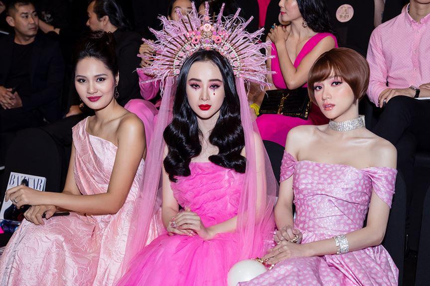 Angela Phương Trinh diện cả cây hồng rực gây náo loạn thảm đỏ-9