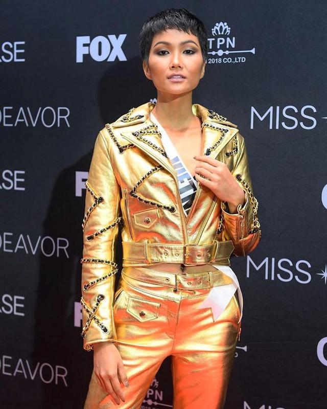 Cuộc chiến váy áo showbiz thêm căng thẳng khi HHen Niê liên tục đụng độ với loạt mỹ nhân-6