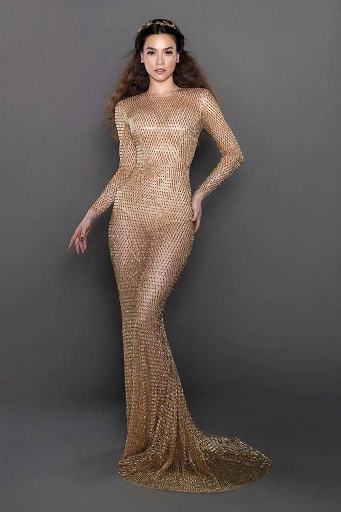 Cuộc chiến váy áo showbiz thêm căng thẳng khi HHen Niê liên tục đụng độ với loạt mỹ nhân-7