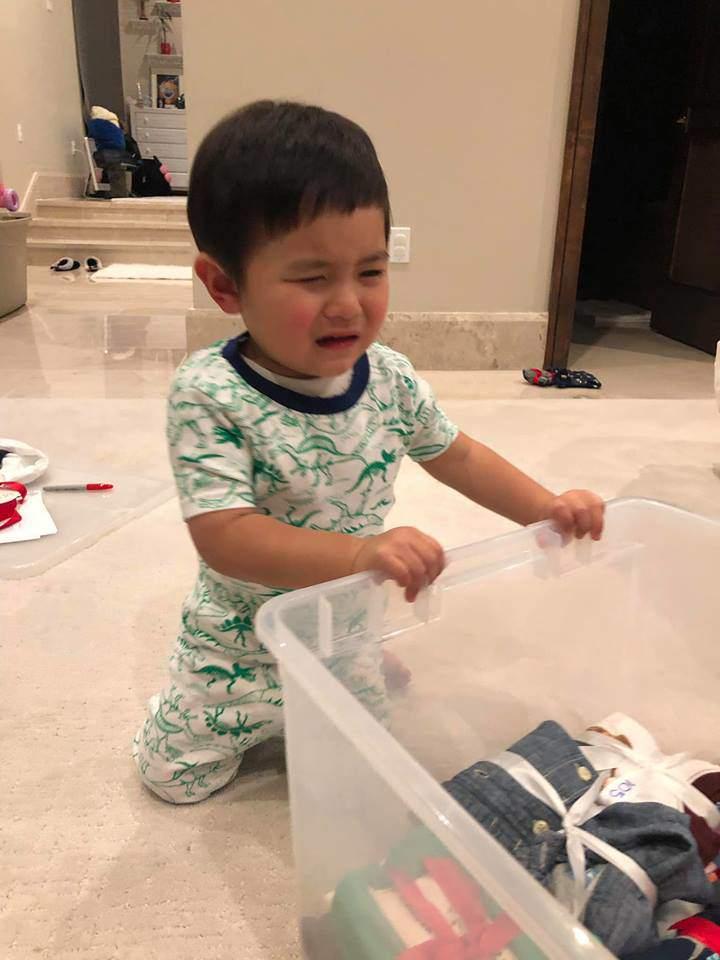 Hào hứng gói quà từ thiện cùng mẹ nhưng phản ứng cuối cùng của con trai Đan Trường gây choáng-3