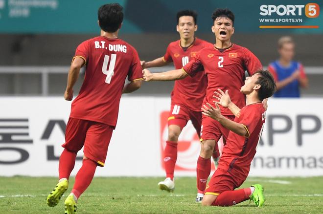 Hành trình kỳ diệu của bóng đá Việt Nam trong năm 2018 qua ảnh-8