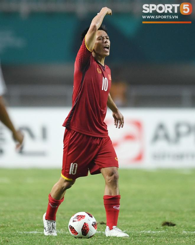 Hành trình kỳ diệu của bóng đá Việt Nam trong năm 2018 qua ảnh-7