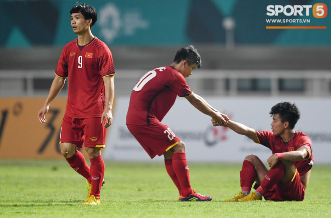 Hành trình kỳ diệu của bóng đá Việt Nam trong năm 2018 qua ảnh-6