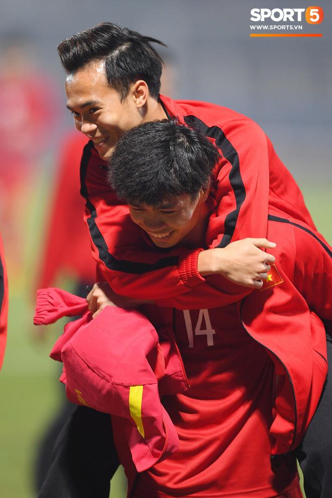 Hành trình kỳ diệu của bóng đá Việt Nam trong năm 2018 qua ảnh-14