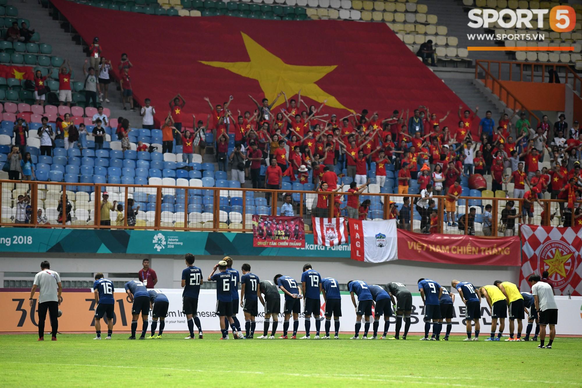 Hành trình kỳ diệu của bóng đá Việt Nam trong năm 2018 qua ảnh-5