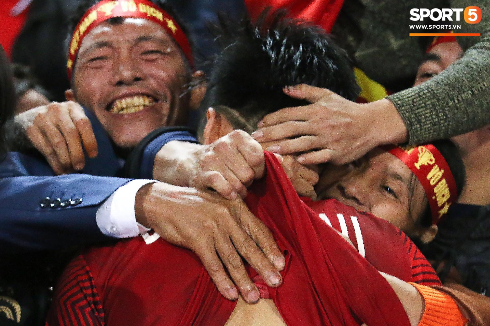 Hành trình kỳ diệu của bóng đá Việt Nam trong năm 2018 qua ảnh-28
