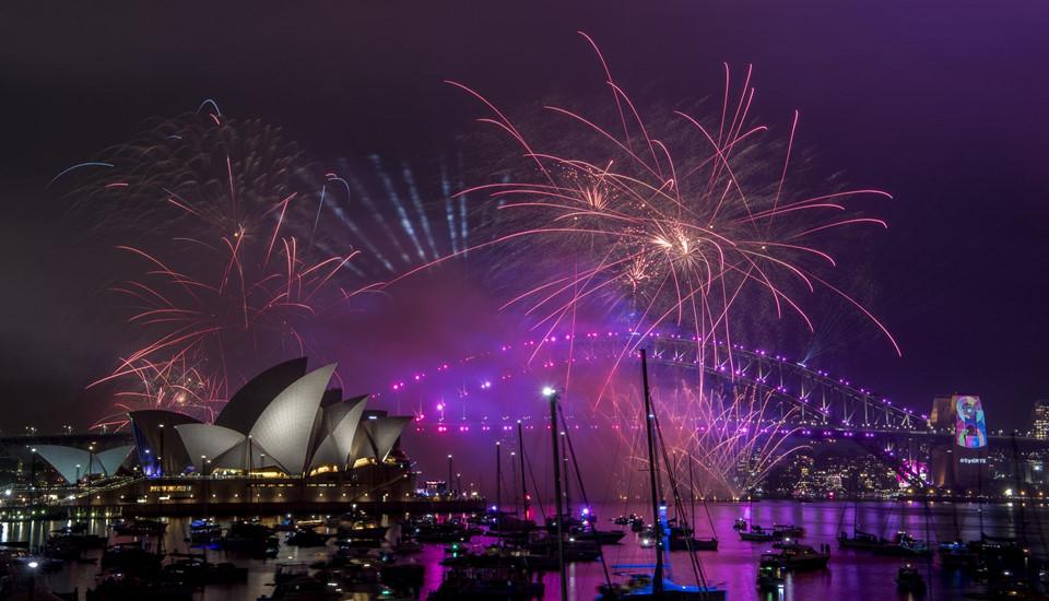 Đại tiệc pháo hoa trên bầu trời châu Á chào đón năm mới 2019-5