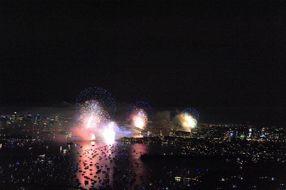 Đại tiệc pháo hoa trên bầu trời châu Á chào đón năm mới 2019-7