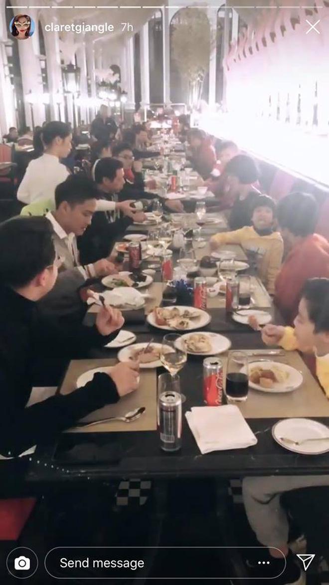 Tiệc chào năm mới của Rich Việt: Dẫn đầu về độ sang chảnh vẫn là hội em chồng Hà Tăng!-8