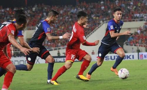 Thắng đậm trước Philippines, tuyển Việt Nam viết đoạn kết hoàn hảo cho năm 2018-1