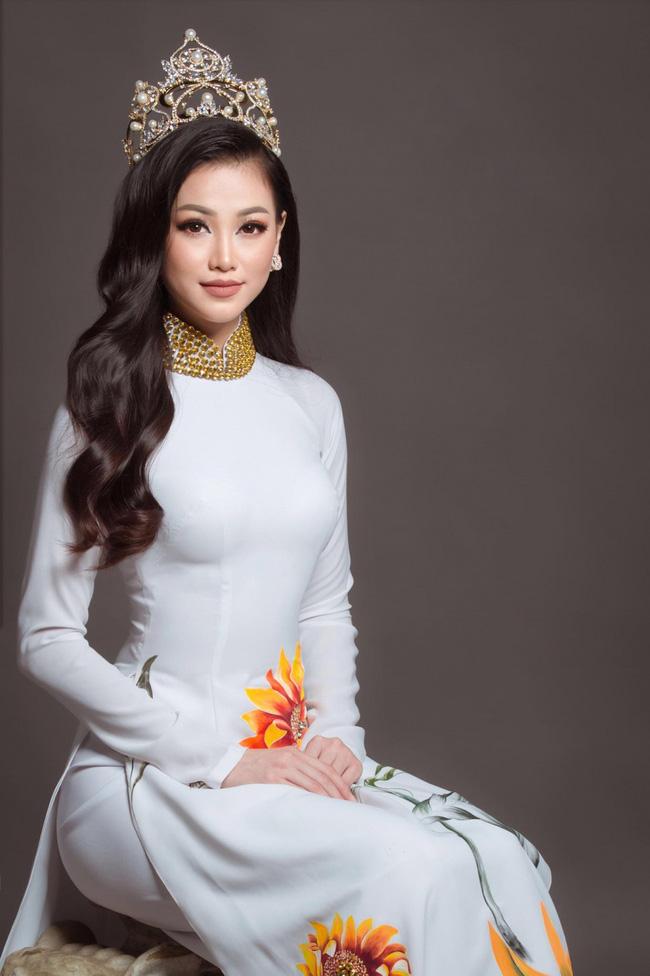 Hương Giang, Phương Khánh, HHen Niê: Những nàng Hậu da nâu, tóc tém và những chuẩn khác về cái Đẹp-5