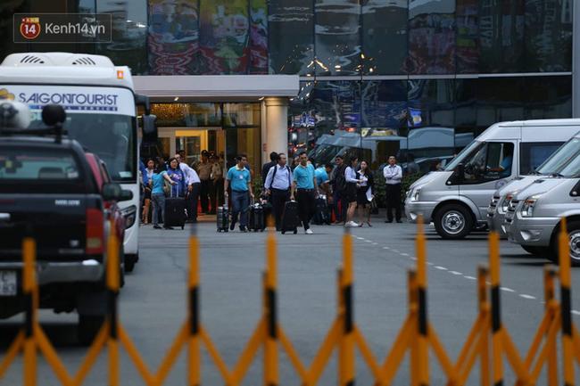 9 du khách Việt trong vụ nổ bom ở Ai Cập đã về đến sân bay Tân Sơn Nhất-4