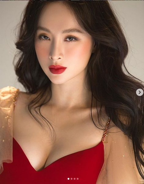 Pha đụng váy áo mở hàng đầu năm: Khoe vòng 1 phồn thực, Chi Pu - Angela Phương Trinh đẹp bất phân thắng bại-6