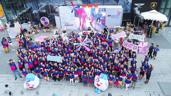 Hơn 100 gia đình Việt nhảy flashmob 'Cùng gắn kết'-5