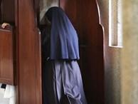 Nữ tu Ấn Độ bị linh mục lạm dụng - vết nhơ bị che đậy nhiều thập niên